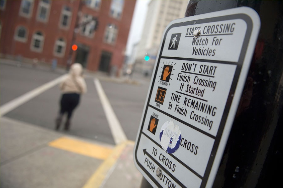 Image of a pedestrian traffic signal